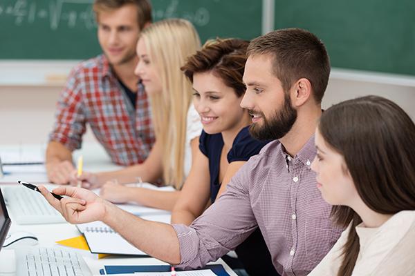 centro-didiomes-estrangers-cursos-adultos-atlingua
